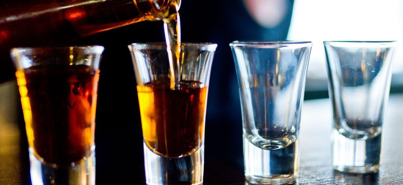 alcohol (Courtesy of Pixabay)