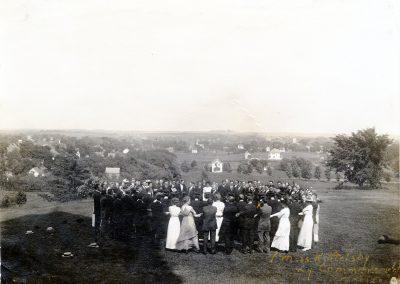 Alumni Pledge June 11, 1913