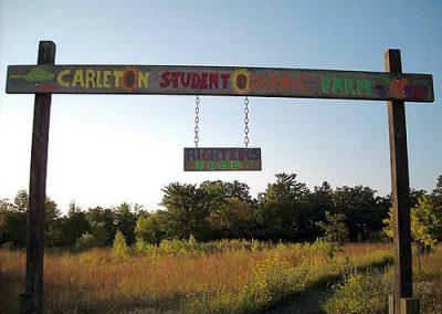 Entrance to the Carleton Farm