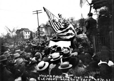 Taft Greeted by Elephant